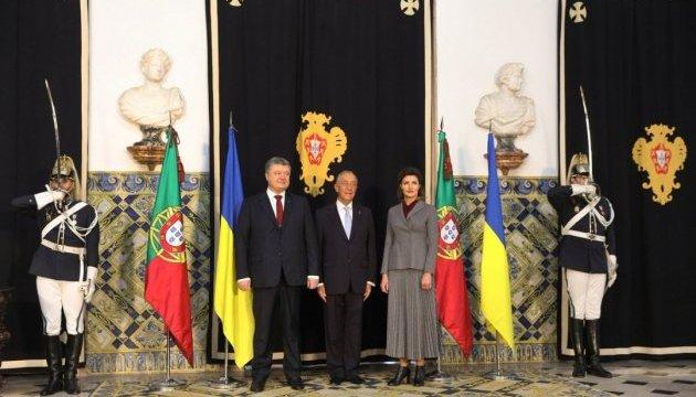 Poroshenko invites Portuguese president to visit Ukraine