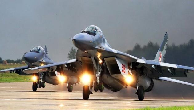 Польща призупинила польоти МіГ-29 після нічної катастрофи