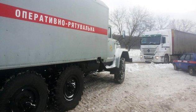 У Києві з колектора витягли тіло чоловіка