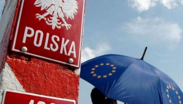 Варшава заявляет о 100 тысячах беженцев из Украины