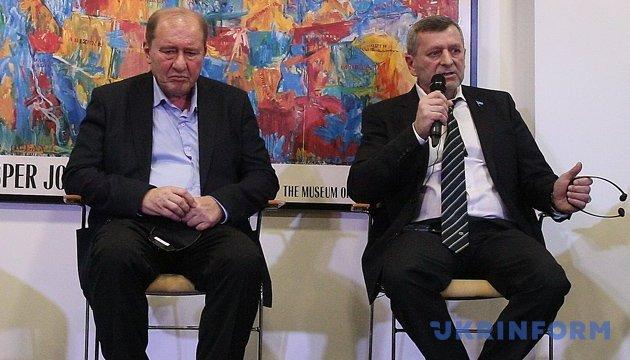 Chiygoz, Umerov sue Kremlin