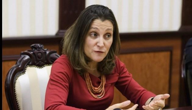 Фріланд заявила, що Канада допоможе відновити у Венесуелі демократію