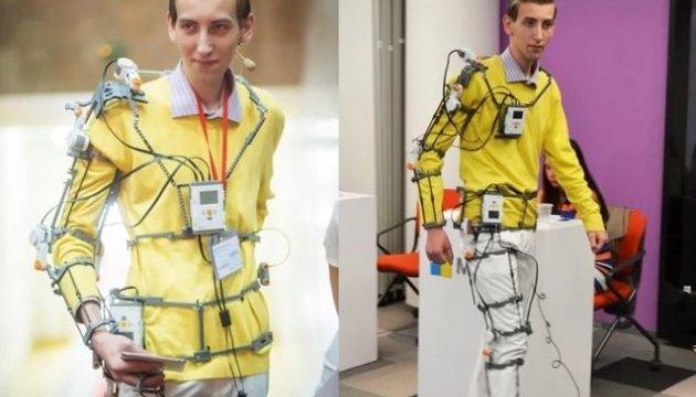 Гройсман поздравил украинского изобретателя с победой на мировом конкурсе