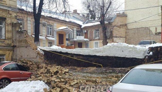 Обвалення на Антоновича: газ у навколишні будинки дадуть у вівторок