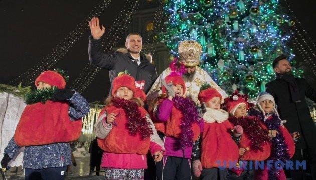 Віталій Кличко привітав християн західного обряду з Різдвом