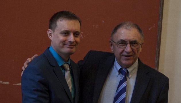 Биосенсоры и хеликобактерная инфекция: в Украине вручили премию Фонда Костюка