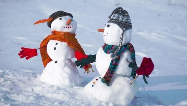 Синоптики на сегодня обещают мороз до 12° и штормовой ветер