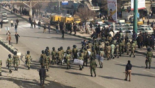 Сутички з представниками суфійської общини у Тегерані: загинули 3 поліцейських