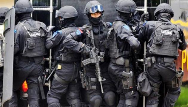 В США полиция штурмовала школу, где перепутали шум обогревателя со стрельбой