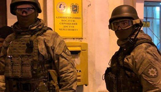 Захват Укрпочты в Харькове: все заложники освобождены, нападавшего задержали