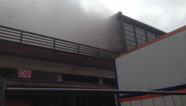 Пожежники евакуювали станцію у Берліні