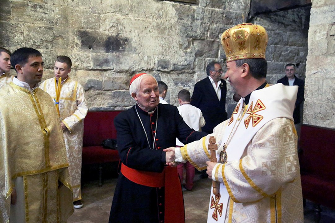 Кардинал Антоніо Каньїсарес приймаючи українців з цілої Іспанії у 2017 р. Фото Архієпископату Валенсії