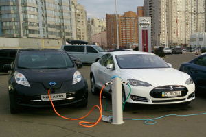 """Канада за 20 лет откажется от продажи авто с """"грязными"""" двигателями"""