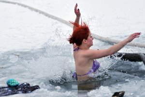 Названы места в Киеве, где можно купаться на Крещение