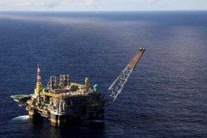 Итальянская Eni остановила работу с Роснефтью в Баренцевом море из-за угрозы санкций