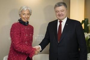 Poroshenko y Lagarde discutirán la economía y la inversión en Davos