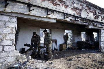 Боевики три часа обстреливали силы АТО под Луганским