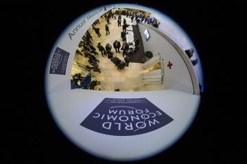 Z Cieśniny Kerczeńskiej do Salisbury - Stoltenberg w Davos opowiedział o agresji Federacji Rosyjskiej