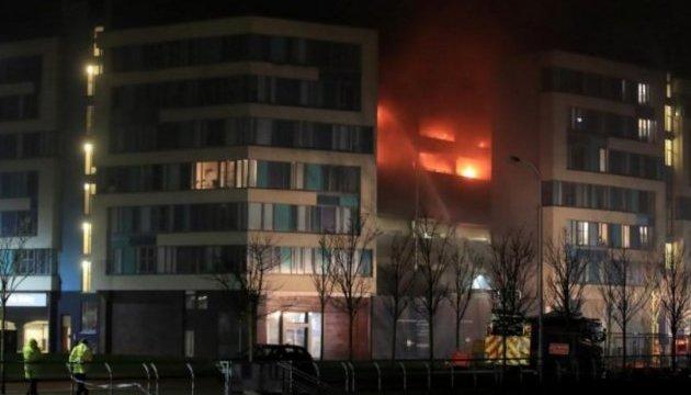У Ліверпулі згоріли більше тисячі автомобілів