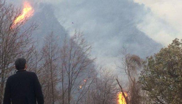 На Корсиці - пожежі, населення евакуюють