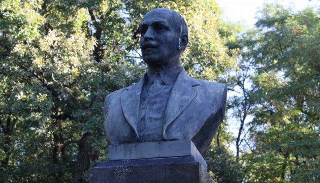 У Чернігові знайшли вкрадені пам'ятники Коцюбинському й Пушкіну