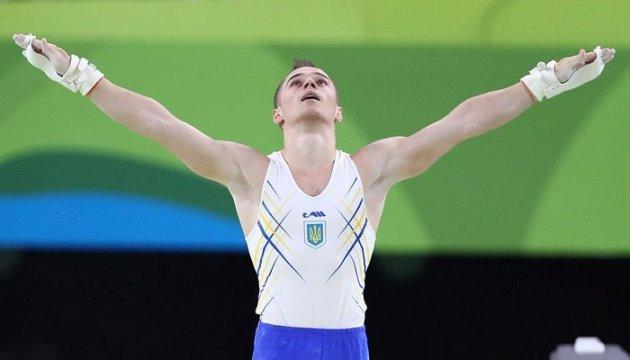 Олегу Верняєву прооперували ногу і плече