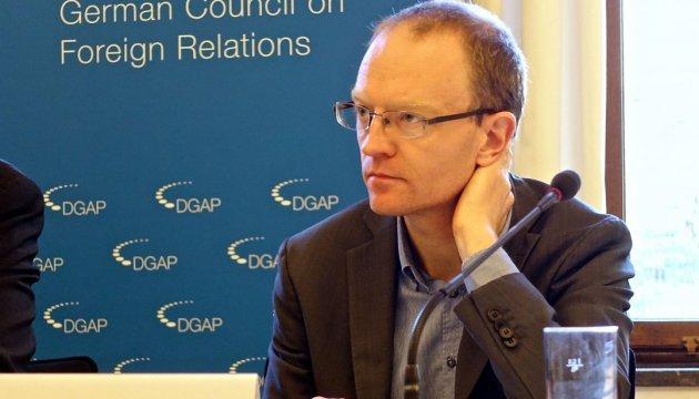 Німецький експерт назвав головну мету візиту Габріеля в Україну