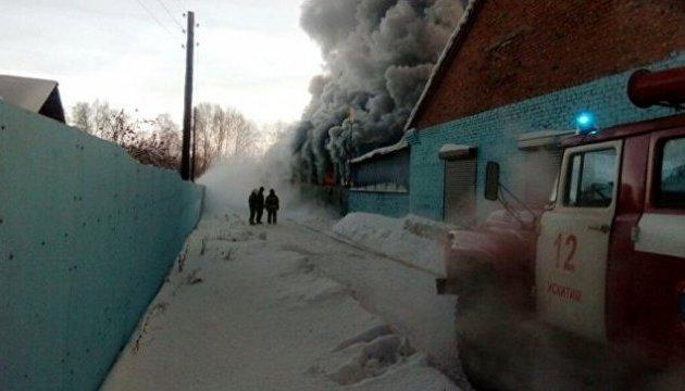 В России горела обувная фабрика, десять погибших
