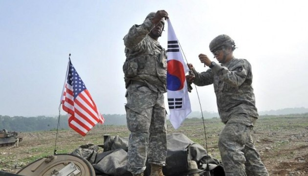 США і Корея зупинять військові навчання на час Зимової Олімпіади