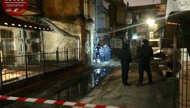 Полиция задержала подозреваемых в убийстве на Подоле в Киеве