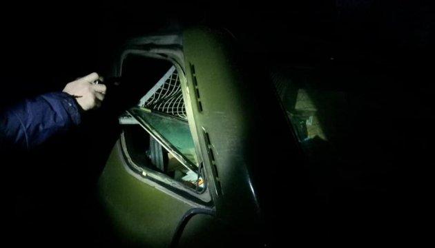 В Полтаве ограбили машину волонтеров с подарками для бойцов