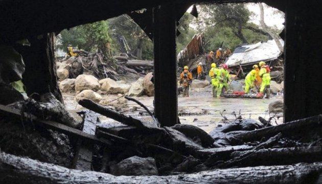 В Санта-Барбаре из селевых потоков вытащили 15 погибших