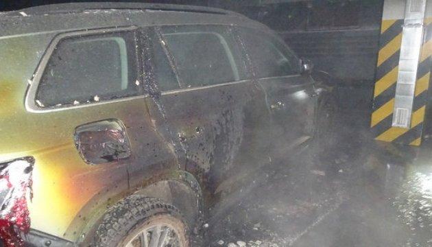 Эксперты подозревают поджог машины