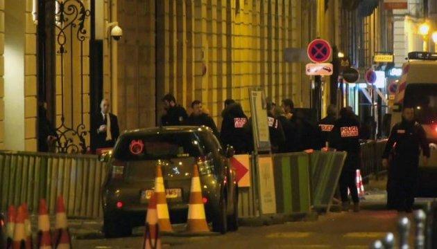 Пограбування у Парижі: бандити загубили сумку з прикрасами - AP