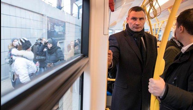 Кличко проехался на новом трамвае PESA, что в прошлом году пришел в столицу