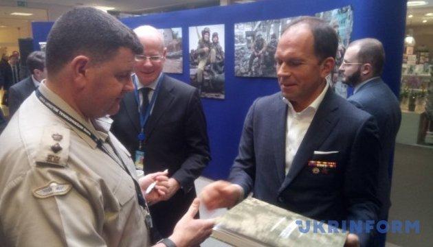 Photo exhibition about Russian aggression in Ukraine opens at NATO Headquarters