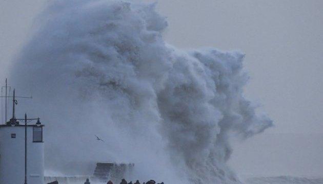 Ветра на Корсике побили рекорд по скорости