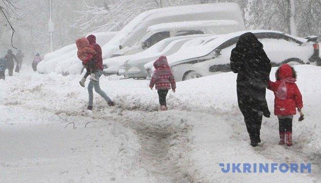 На півдні та сході України погіршення погоди – сильний мокрий сніг і ожеледиця