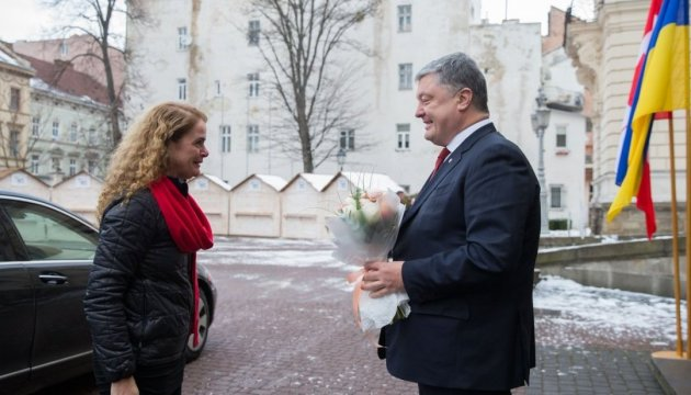 Порошенко у Львові зустрівся з генерал-губернатором Канади