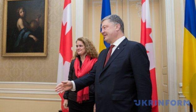 Poroshenko agradece a Canadá por las armas