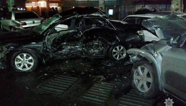 На Запоріжжі зіткнулися п'ять авто, троє постраждалих