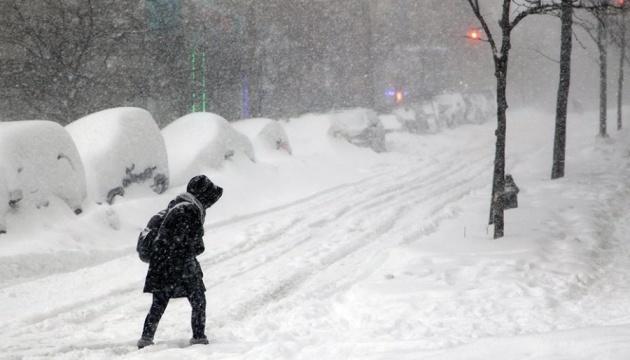 На завтра синоптики обіцяють сніг, хуртовини та до 23 ° морозу