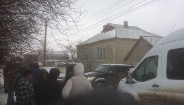 Задержанного в оккупированном Крыму Рамазанова до ночи возили по медучреждениям