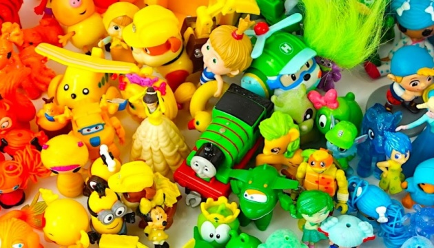 На Прикарпатті заборонили продавати 16 найменувань іграшок