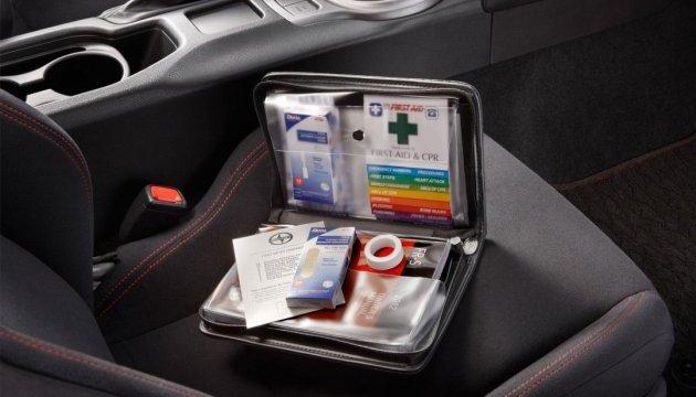 Автомобільна аптечка: нові правила. Інфографіка