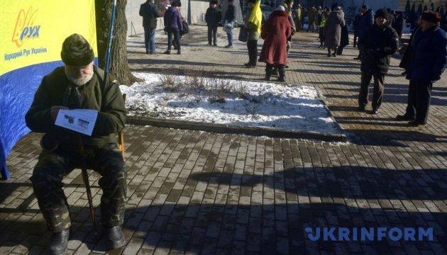 Два пам`ятники. Що не поділили Вінницька міськрада і опозиція?