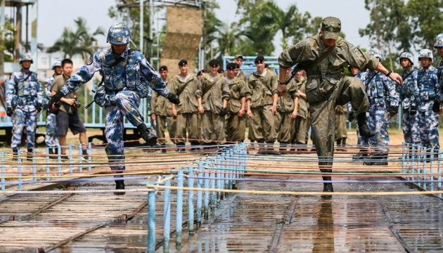 Россия и Китай являются большей угрозой для Австралии, чем терроризм – министр обороны