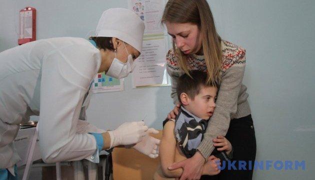 На Львівщині необхідно прищепити від кору майже 300 тисяч дітей