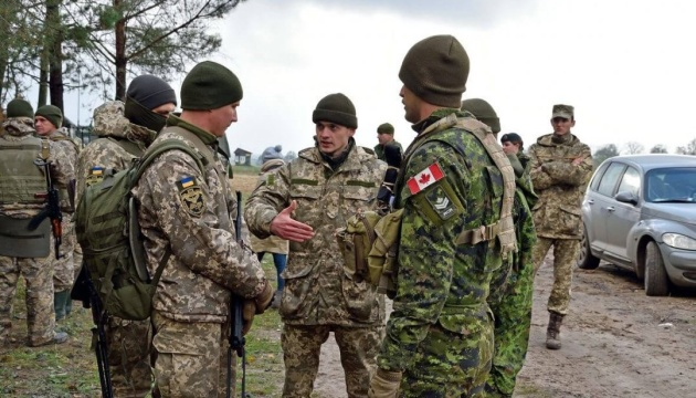Канадські військові переймають український бойовий досвід