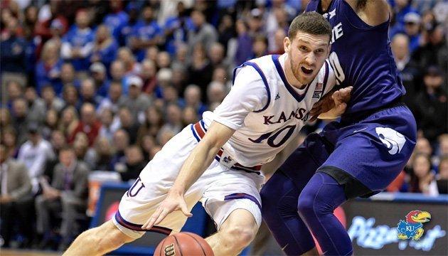 Баскетбол: Михайлюк третий раз подряд стал самым результативным игроком матча NCAA